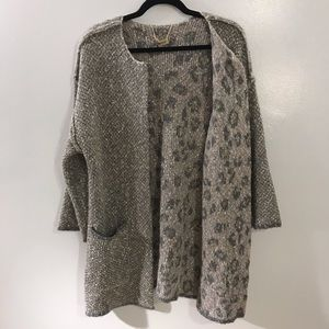 Democracy Grey Sweater in Small Leopard Print